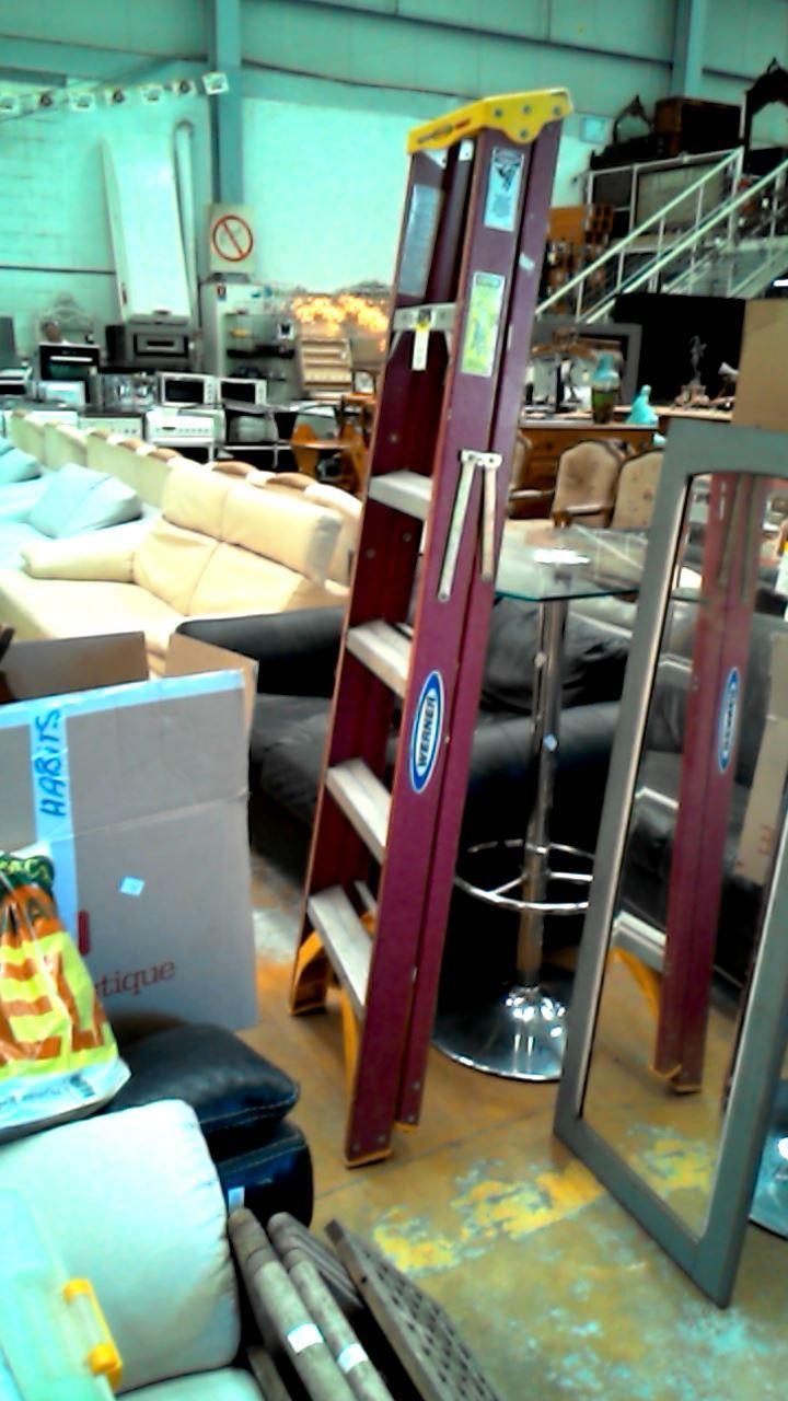 escabeau d 39 occasion. Black Bedroom Furniture Sets. Home Design Ideas