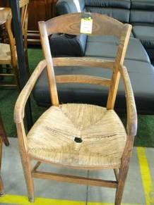 fauteuil ancien assise a restaurer d 39 occasion. Black Bedroom Furniture Sets. Home Design Ideas