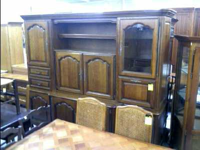 meuble living chene 2 corps d 39 occasion. Black Bedroom Furniture Sets. Home Design Ideas