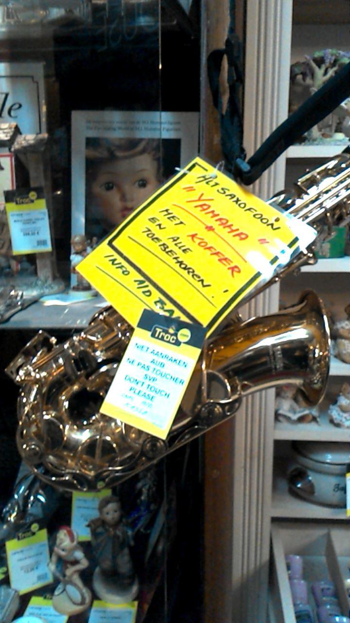 saxophone yamaha d 39 occasion. Black Bedroom Furniture Sets. Home Design Ideas